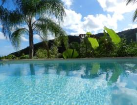 villa-coco-piscine-nature